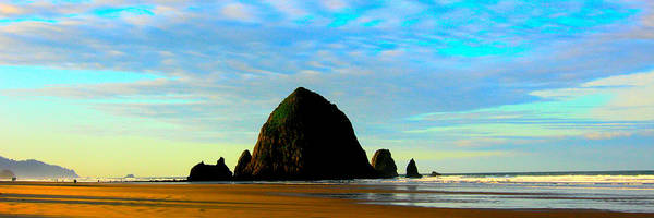 Oregon Coast Poster featuring the photograph Blue Skies-h by Steve Alcombrack