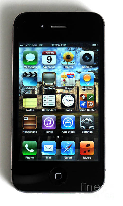 App Poster featuring the photograph Iphone by Photo Researchers