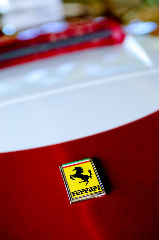 1960 Ferrari 250 Gt Swb Berlinetta Competizione Grille Emblem Poster featuring the photograph 1960 Ferrari 250 Gt Swb Berlinetta Competizione Grille Emblem by Jill Reger