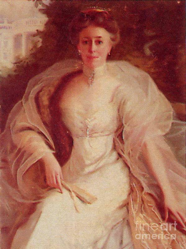 Helen Louise Herron Taft Poster featuring the photograph Helen Taft by Photo Researchers