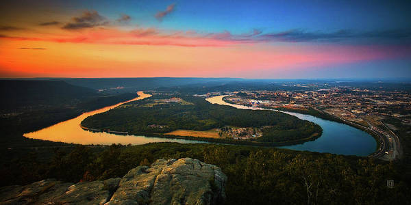 Moccasin Bend Poster featuring the photograph Point Park Overlook by Steven Llorca
