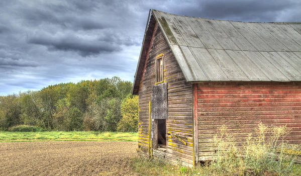 Oregon Poster featuring the photograph Northwest Barn by Jean Noren