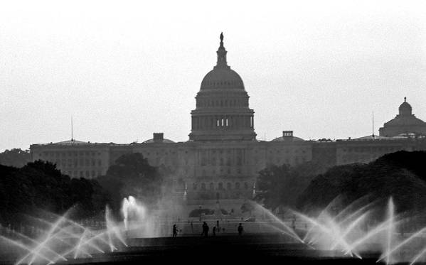 Us Capitol Poster featuring the photograph Us Capitol On Summer Morning by Bill Jonscher