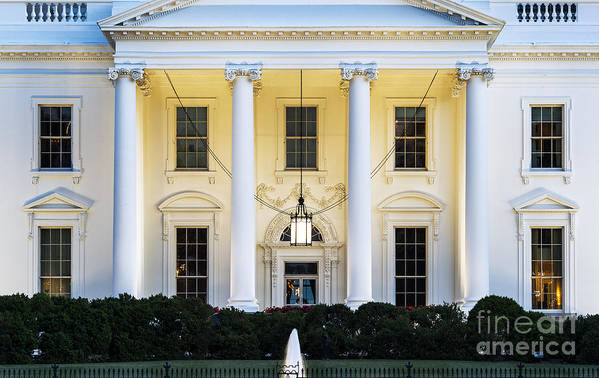 1600 Poster featuring the photograph The White House by John Greim