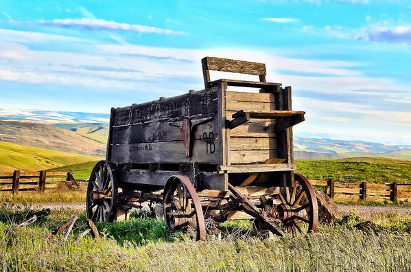 Covered Wagon Poster featuring the photograph Old Covered Wagon by Athena Mckinzie