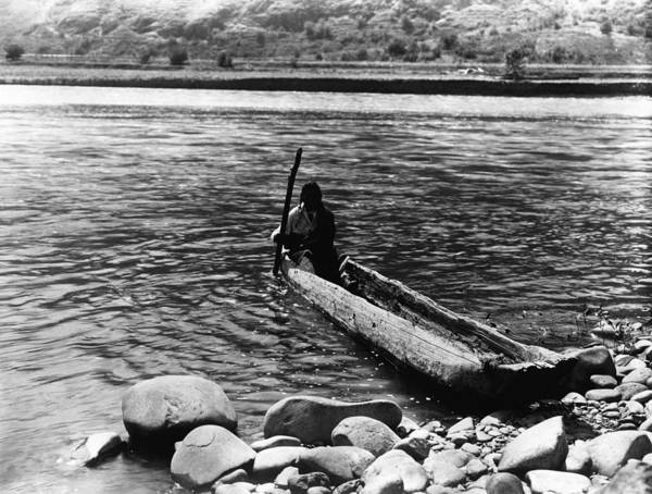 1910s Poster featuring the photograph Nez Perc� Canoe. Nez Perc� Man by Everett