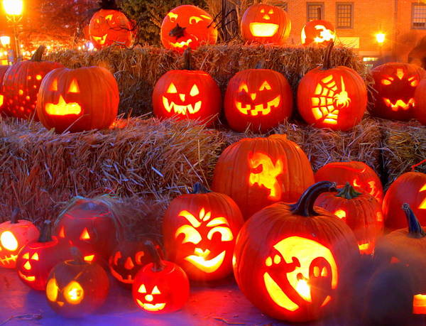 Jacko'lanterns Poster featuring the photograph Jacko'lanterns by Suzanne DeGeorge