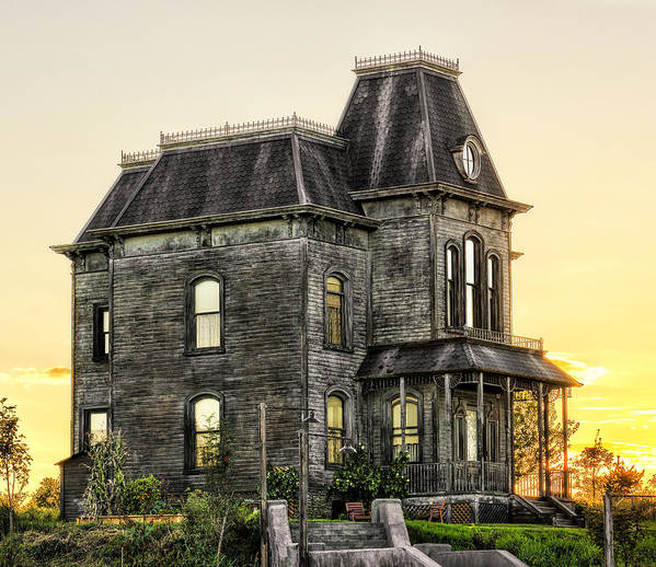 Bates Motel Poster featuring the photograph Bates Motel Haunted House by Paul W Sharpe Aka Wizard of Wonders