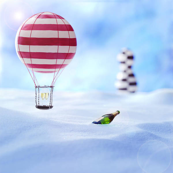 Air Baloon Poster featuring the photograph Hot Air Balloon In The Snow by Han Van Vonno
