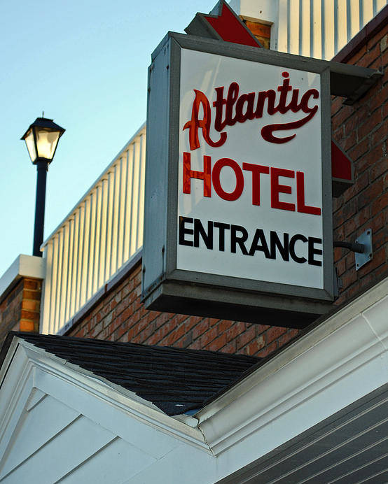Fair Poster featuring the photograph Atlantic Hotel by Skip Willits