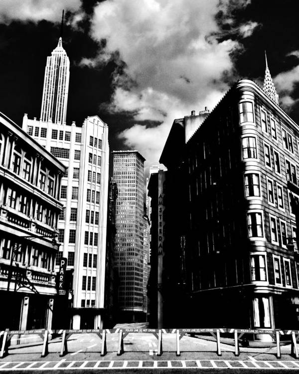 Manhattan Poster featuring the photograph Manhattan Highlights B W by Benjamin Yeager