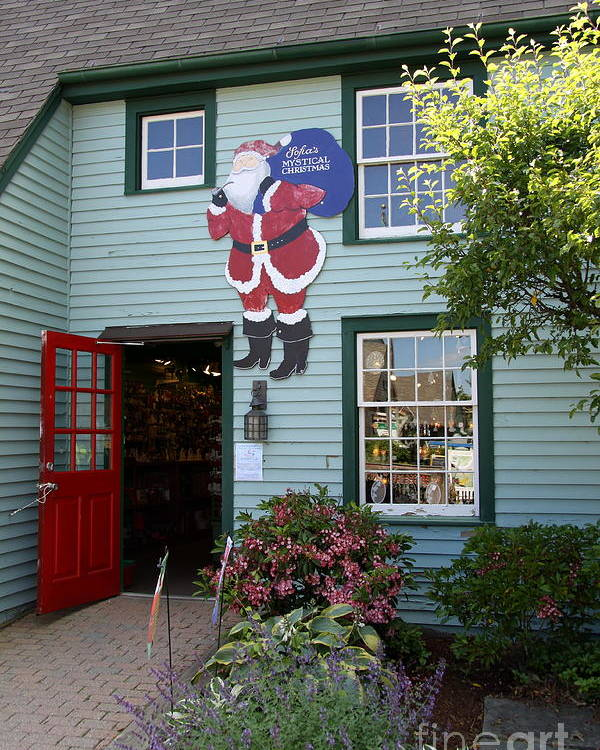 Chrsitmas Shop Poster featuring the photograph Mystic Christmas Shop - Connecticut by Christiane Schulze Art And Photography