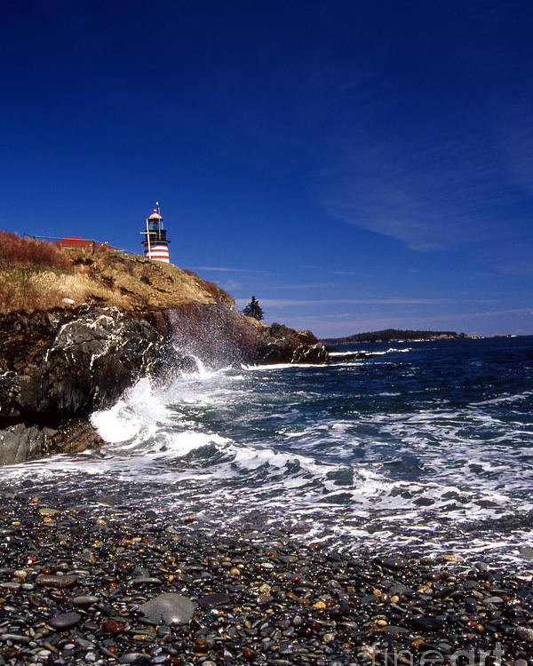 Lighthouses Poster featuring the photograph The Ligthouse At West Quoddy by Skip Willits
