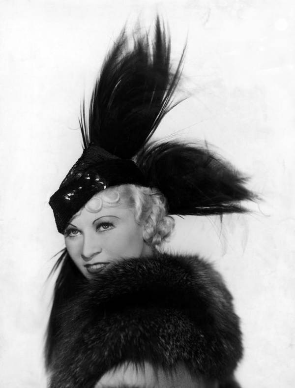 11x14lg Poster featuring the photograph Goin To Town, Mae West, 1935 by Everett