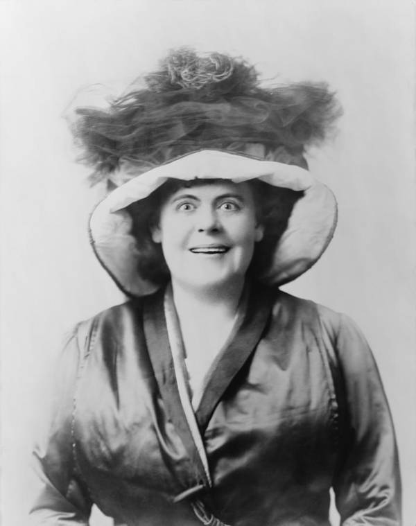 History Poster featuring the photograph Marie Dressler 1868-1934, Canadian Born by Everett