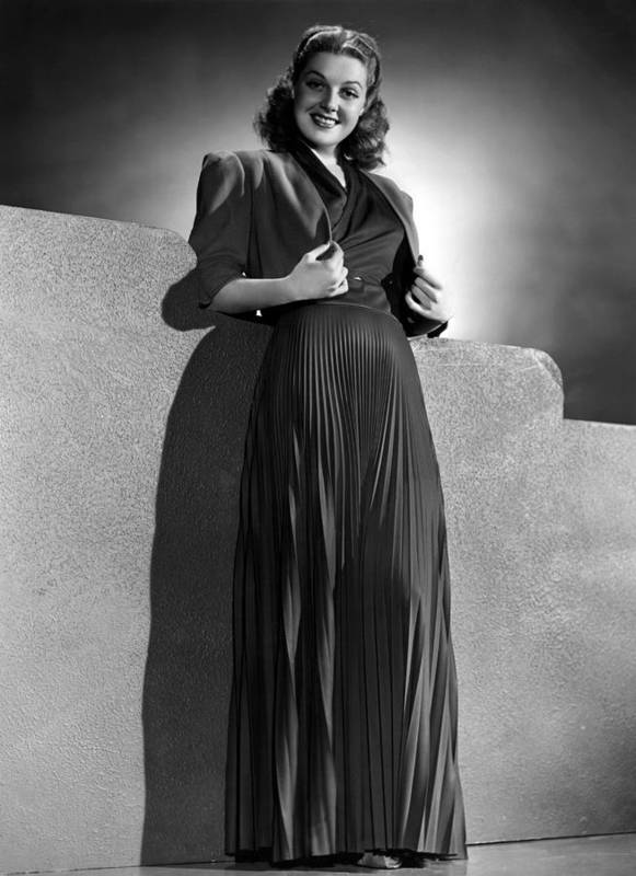 11x14lg Poster featuring the photograph Ann Sheridan Wearing Pleated Evening by Everett