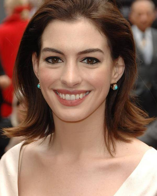 Anne Hathaway Poster featuring the photograph Anne Hathaway At The Press Conference by Everett