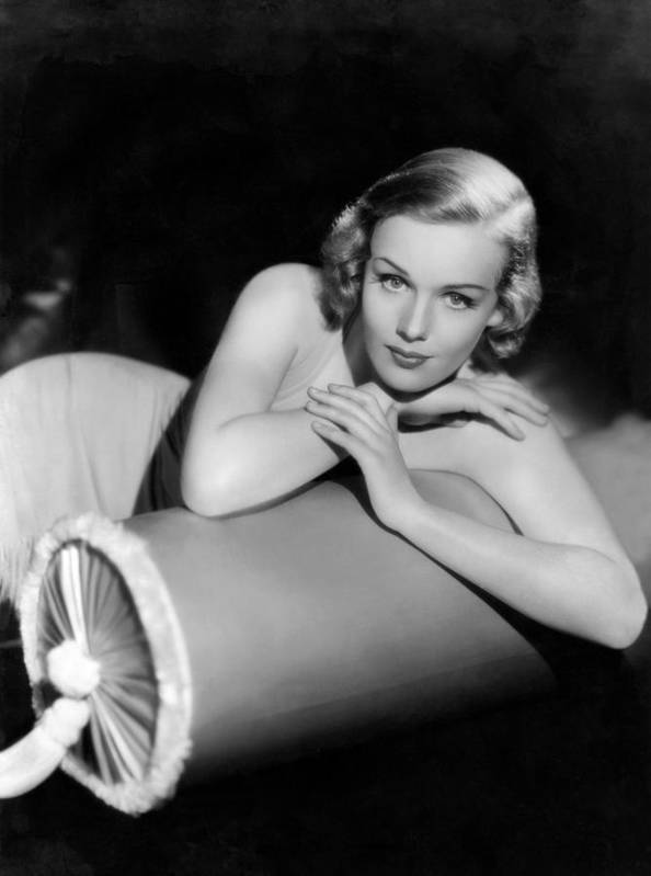 11x14lg Poster featuring the photograph Frances Farmer, Paramount Pictures by Everett
