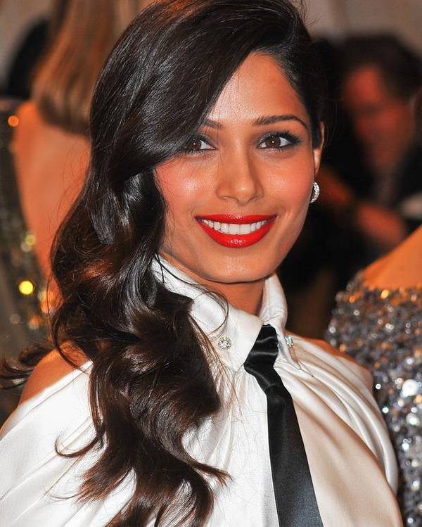 Freida Pinto Poster featuring the photograph Freida Pinto At Arrivals For Alexander by Everett
