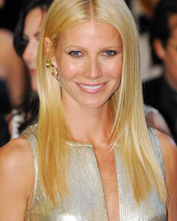 Gwyneth Paltrow Poster featuring the photograph Gwyneth Paltrow Wearing Louis Vuitton by Everett