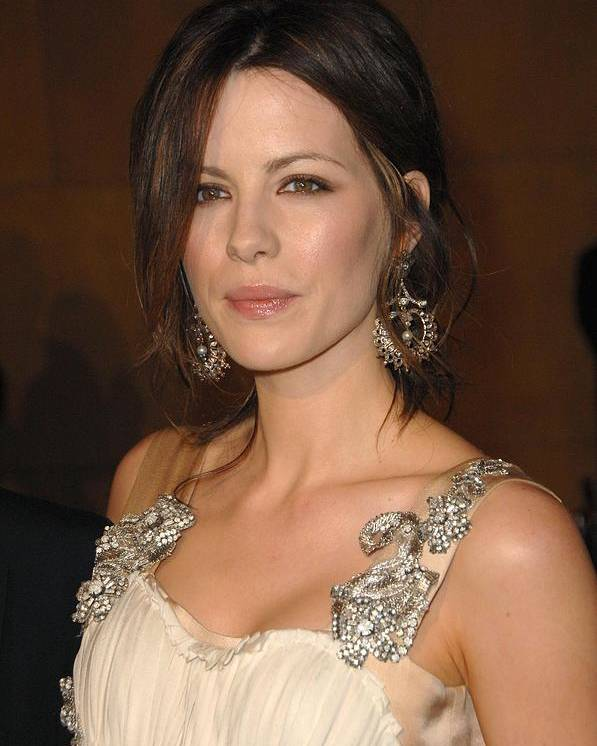 L.a. Premiere Of Snow Angels Poster featuring the photograph Kate Beckinsale Wearing An Alberta by Everett