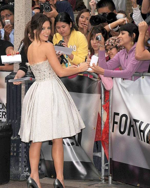 Nothing But The Truth Gala Premiere Poster featuring the photograph Kate Beckinsale Wearing An Elie Saab by Everett