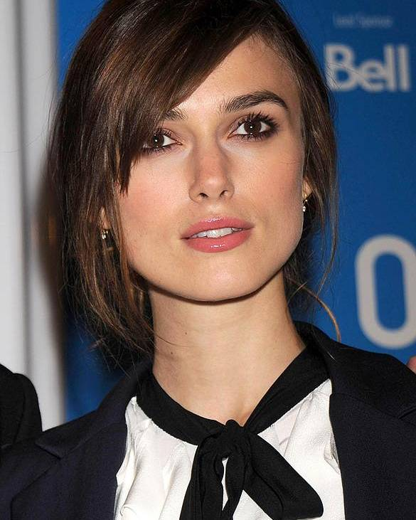 Press Conference For The Duchess Poster featuring the photograph Keira Knightley At The Press Conference by Everett