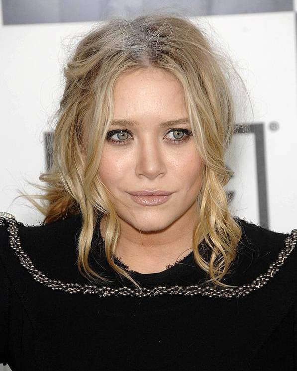 Mary Kate Olsen Poster featuring the photograph Mary Kate Olsen At Arrivals by Everett