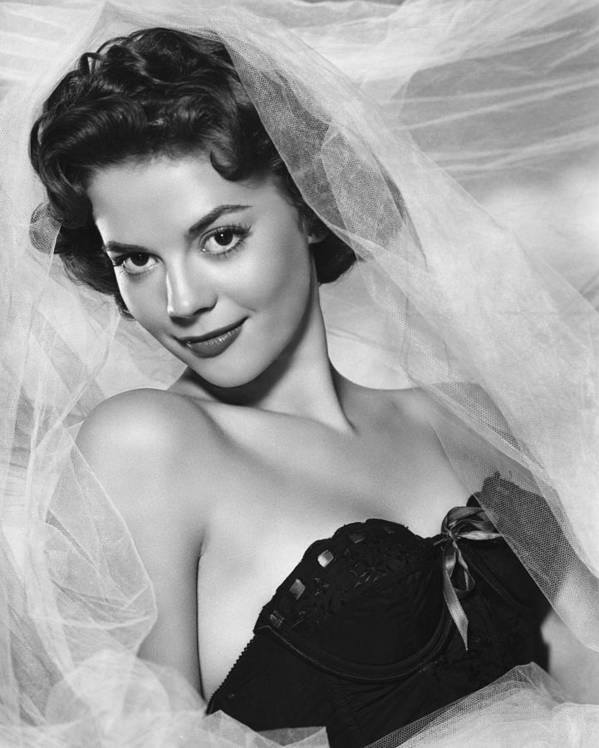 1950s Fashion Poster featuring the photograph Natalie Wood, Warner Brothers, 1950s by Everett