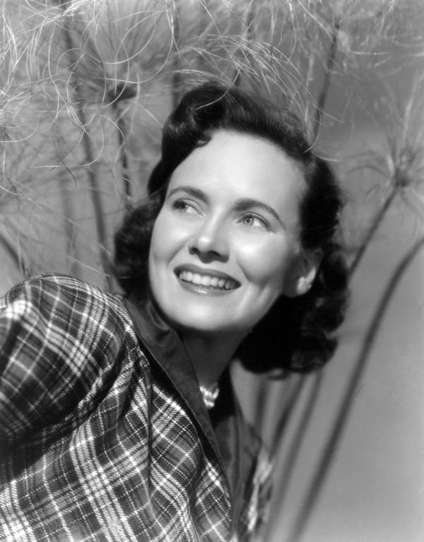 1950s Portraits Poster featuring the photograph Something To Live For, Teresa Wright by Everett