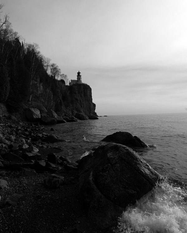 Black-and-white Poster featuring the photograph Split Rock Lighthouse Black-and-white by Rick Rauzi