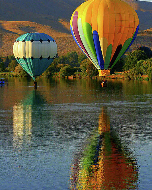 Poster featuring the photograph Balloons by Laurie Prentice