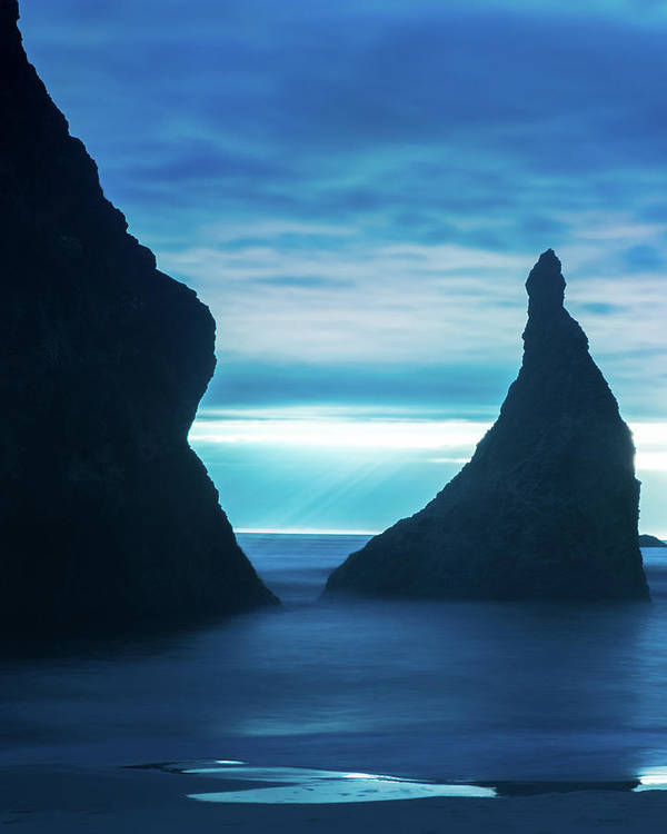 Oregon Poster featuring the photograph Bandon Blues by Landon Spady