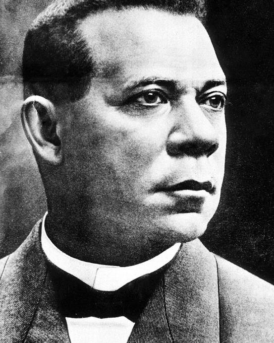 History Poster featuring the photograph Booker T. Washington, African-american by Photo Researchers