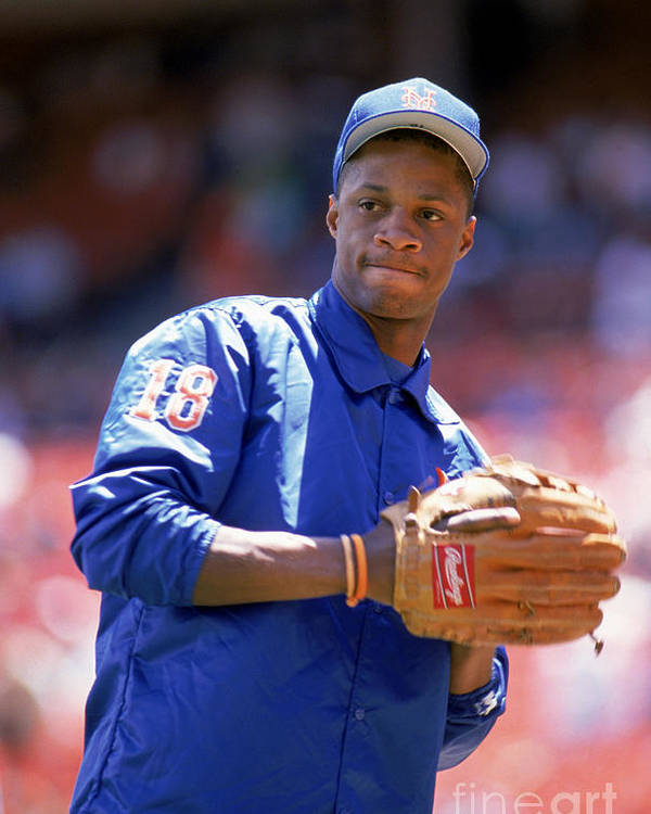 1980-1989 Poster featuring the photograph Darryl Strawberry Throws The Ball by Otto Greule Jr