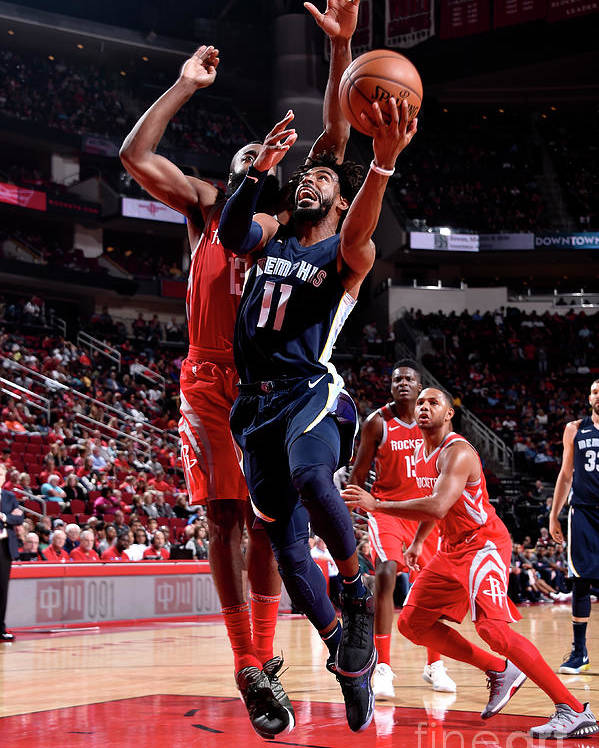 Nba Pro Basketball Poster featuring the photograph Memphis Grizzlies V Houston Rockets by Bill Baptist