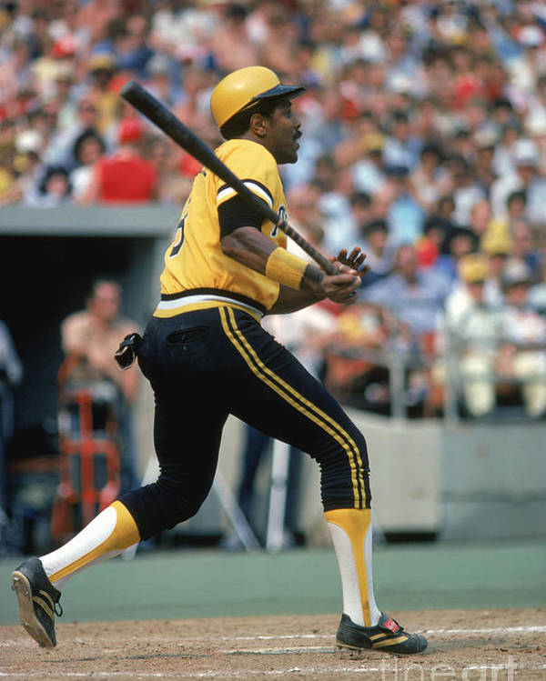 Motion Poster featuring the photograph Willie Stargell by Rich Pilling