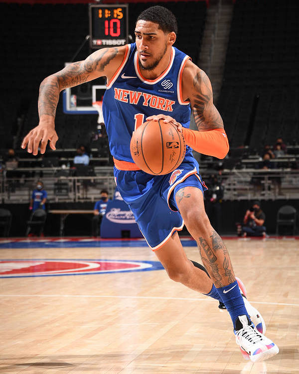 Nba Pro Basketball Poster featuring the photograph New York Knicks v Detroit Pistons by Chris Schwegler