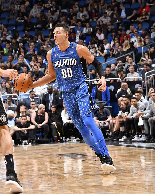 Sport Poster featuring the photograph Aaron Gordon by Fernando Medina
