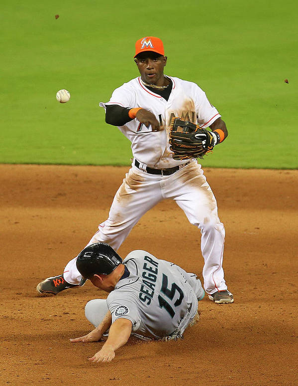 Double Play Poster featuring the photograph Adeiny Hechavarria and Kyle Seager by Mike Ehrmann
