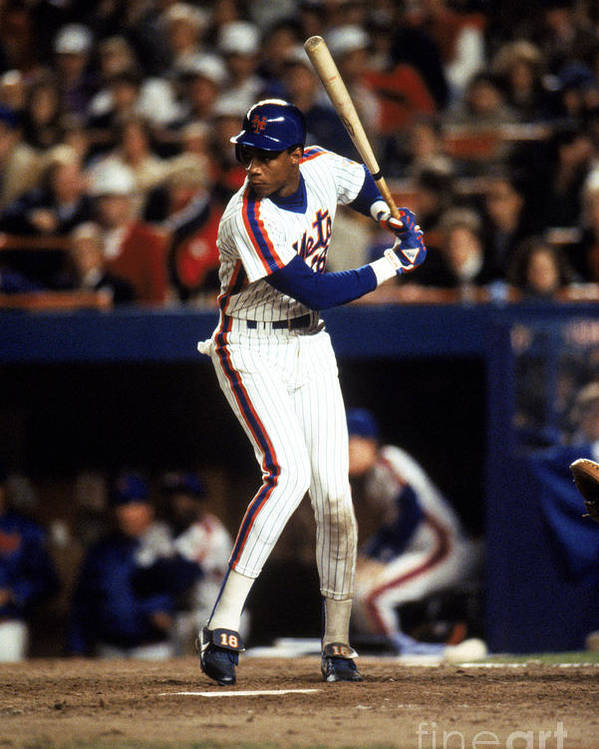 1980-1989 Poster featuring the photograph Darryl Strawberry by T.g. Higgins