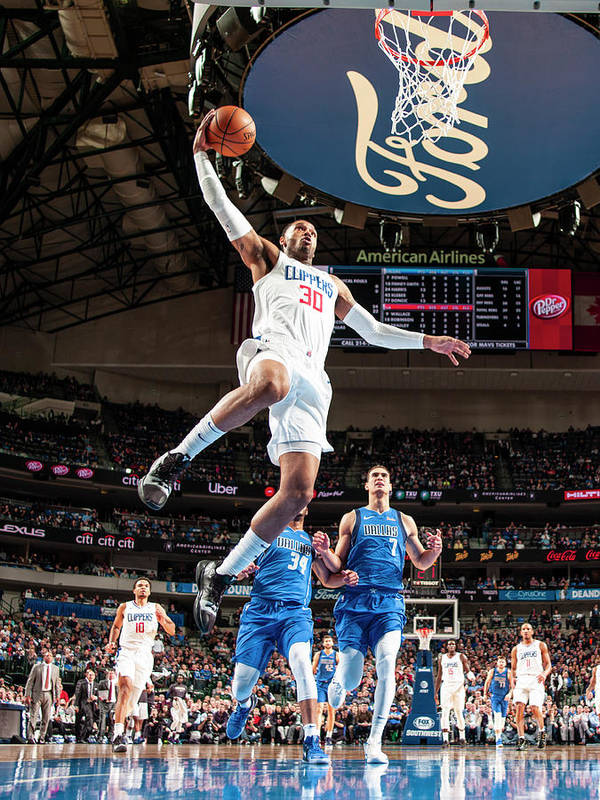 Nba Pro Basketball Poster featuring the photograph Mike Scott by Glenn James