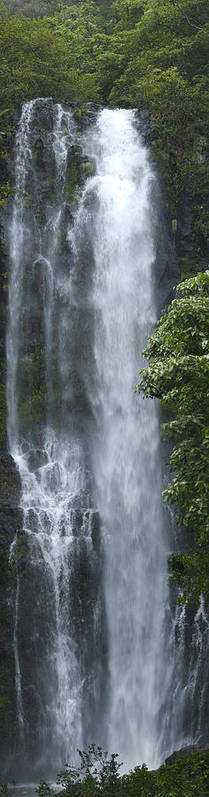 Wailua Falls Poster featuring the photograph Wailua Falls by Richard Henne