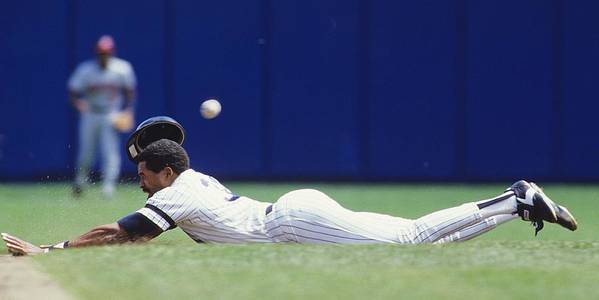 1980-1989 Poster featuring the photograph Dave Winfield by Ronald C. Modra/sports Imagery