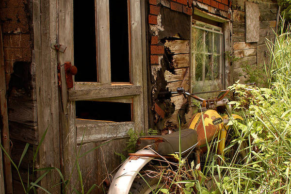 Old Buildings Art Print featuring the photograph Forgotten by Linda McRae