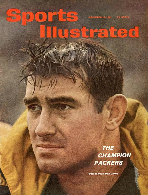 Magazine Cover Art Print featuring the photograph Green Bay Packers Dan Currie Sports Illustrated Cover by Sports Illustrated