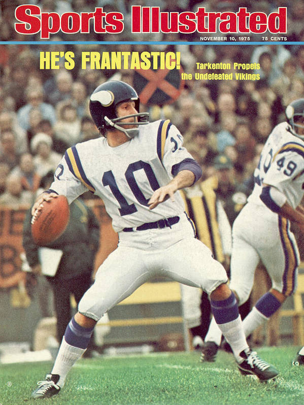 Green Bay Art Print featuring the photograph Minnesota Vikings Qb Fran Tarkenton... Sports Illustrated Cover by Sports Illustrated