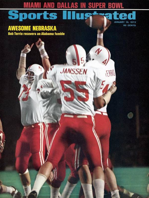 Magazine Cover Art Print featuring the photograph Nebraska Bob Terrio, 1972 Orange Bowl Sports Illustrated Cover by Sports Illustrated