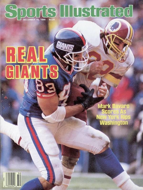 Magazine Cover Art Print featuring the photograph New York Giants Mark Bavaro... Sports Illustrated Cover by Sports Illustrated
