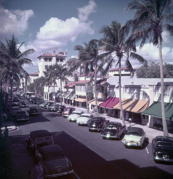 1950-1959 Art Print featuring the photograph Palm Beach Street by Slim Aarons